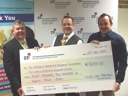 Presentation of 2014 fundraising cheque to CMRF